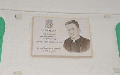 Homenagem ao Padre Mateus