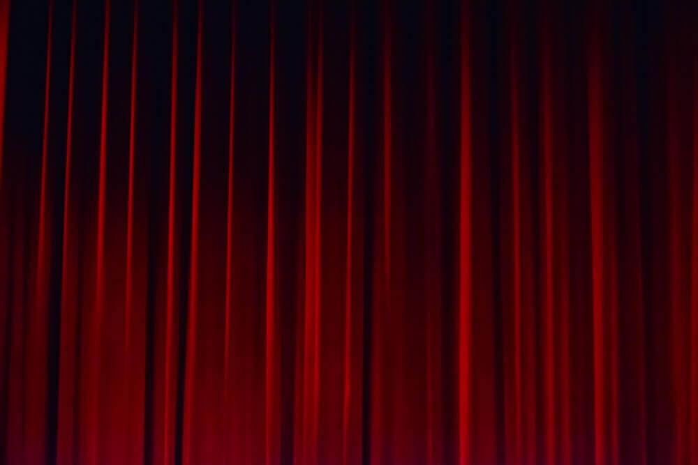 Peça de Teatro Cancelada
